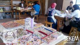 Individuelle Erinnerungsstücke: Handgefertigte Bücher von SEKEM-Schülern